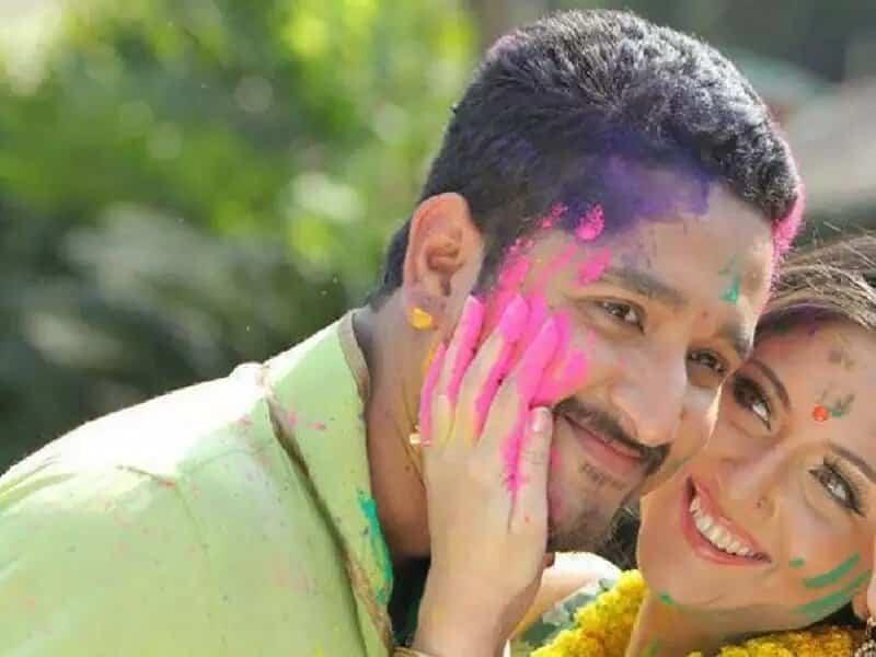Parambrata Chatterjee Wife