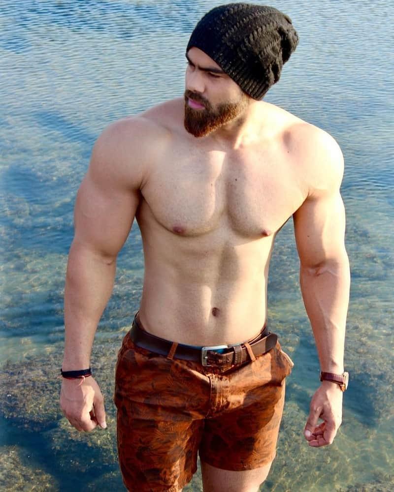 Arun Amrit height