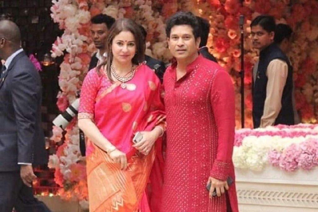 Anjali Tendulkar with Sachin Tendulkar
